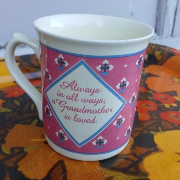 VINTAGE COFFEE MUG 1987 HALLMARK GRANDMA